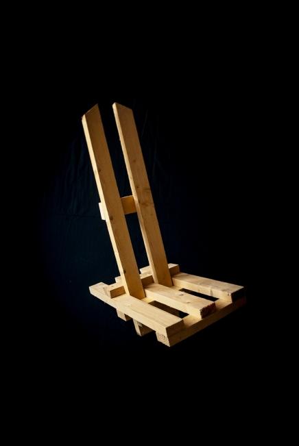 Klappstuhl, Fichte, gefertigt aus einer 5m 2x5cm Dachlatte, Geschraubt, 2009
